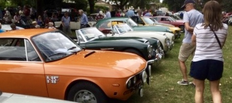 Lovely vintage vehicles on the grass of the Croft, Hungerford, from Devizes car club rally